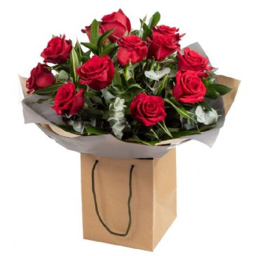 Luxury 12 Red Roses